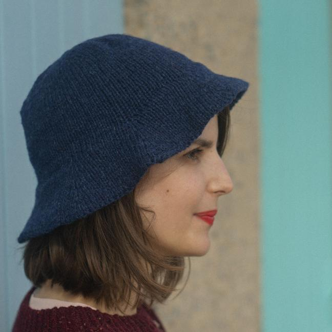 BC Garn AH Whale Hat  Turquoise