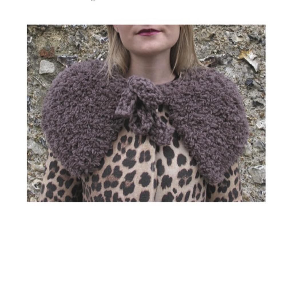 Erika Knight Gedruckte Anleitungen Vintage Wool und Fur Wool Fur Capelet Englisch Fur Wool
