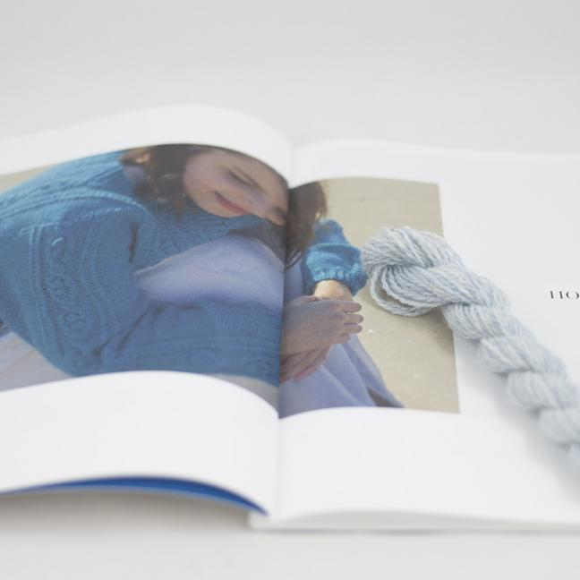 BC Garn AH Kit Hockney Cardigan Size M  Ice Blue